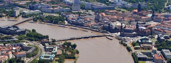 Hochwasser in Sachsen - Dresden © Matthias Hiekel/dpa