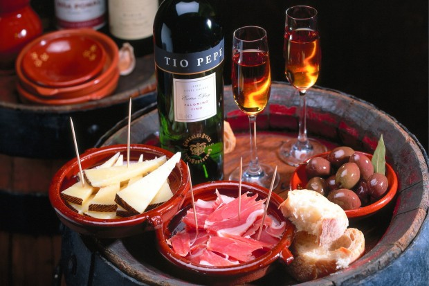 Andalusien Tapas Oliven Sherry © picture-alliance / Bildagentur Huber