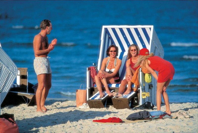 Freizeitaktivitaeten am Strand © adamare Singlereisen